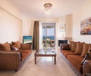 PREMIUM TWO-BEDROOM SUITE WITH SEA VIEW